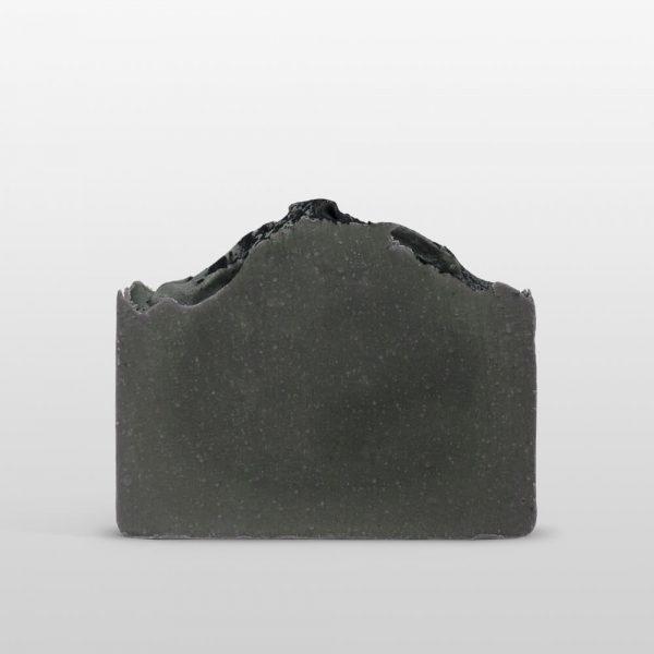 Jabón de Ceniza Hidratante indicado para todo tipo de piel, siendo muy apropiado para las pieles más sensibles y reactivas.