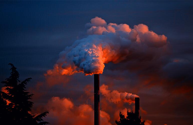 Problema causado por algunas industrias en la calidad del aire