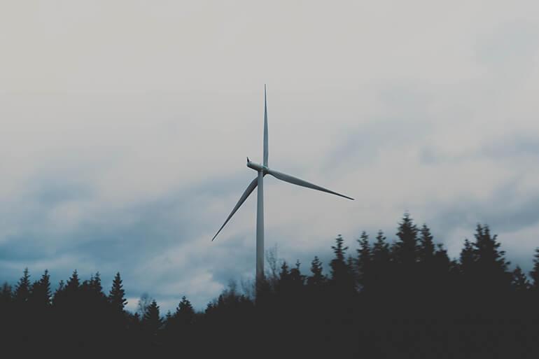 Energias renovables molino de viento