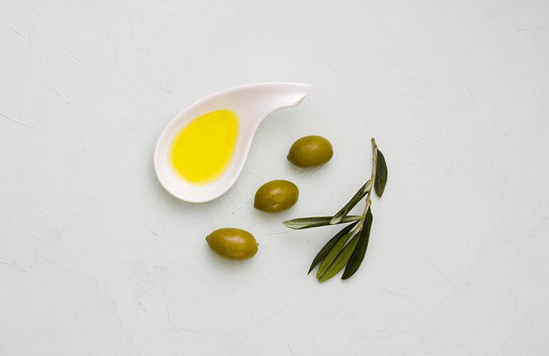 propiedades-aceite-oliva-piel