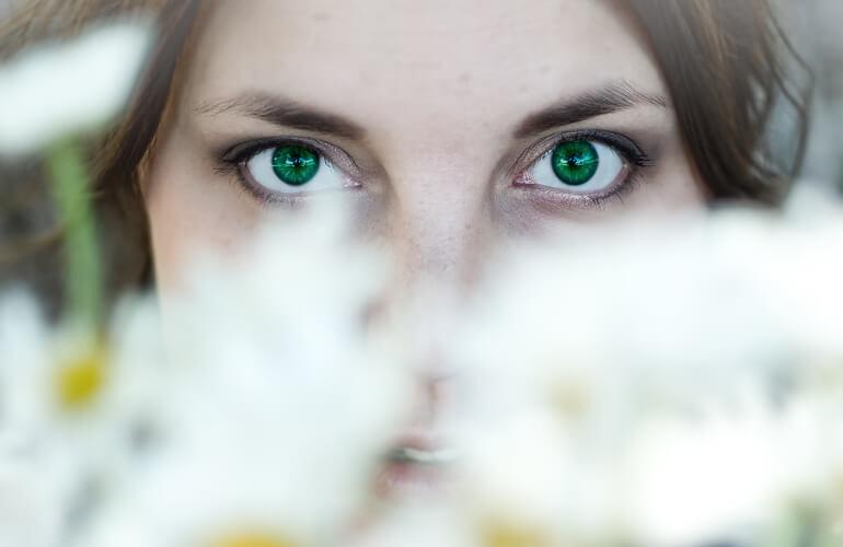 El tratamiento de la piel grasa requiere que se tomen tanto precauciones especiales como la utilización de productos de belleza que se adapten a este tipo de pieles