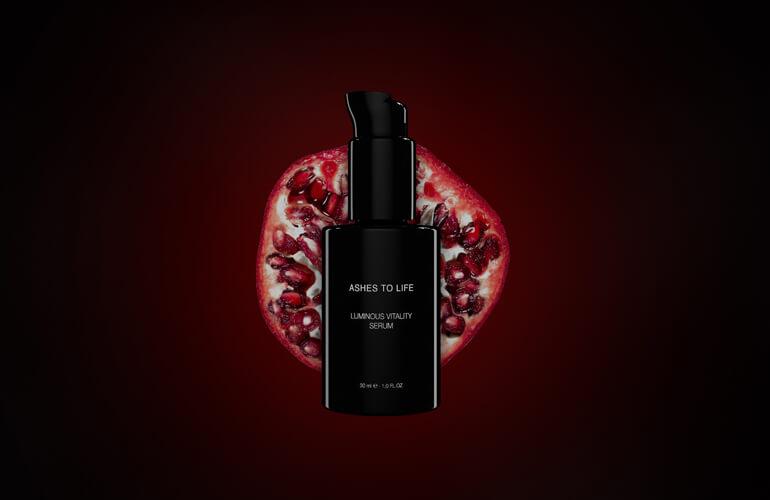 Las células madre de granada convierten a la linea de alta cosmética ecológica Cellular Radiance Collection en un aliado para combatir los signos de la edad