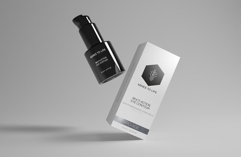 Con un 99,13% de ingredientes naturales, este contorno de ojos cuida de forma global las necesidades de esta zona tan delicada de la piel