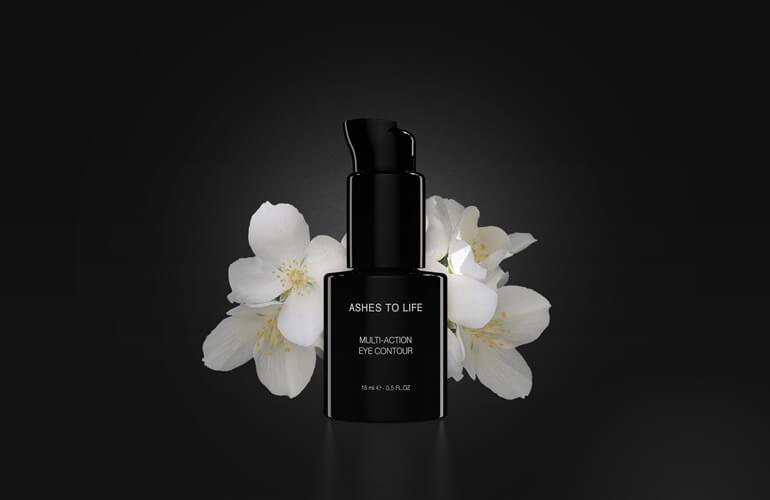 Las flores blancas son ingrediente natural ideal para la elaboración de cosméticos ecológicos que ayuden a prevenir los signos causados por la edad en la piel